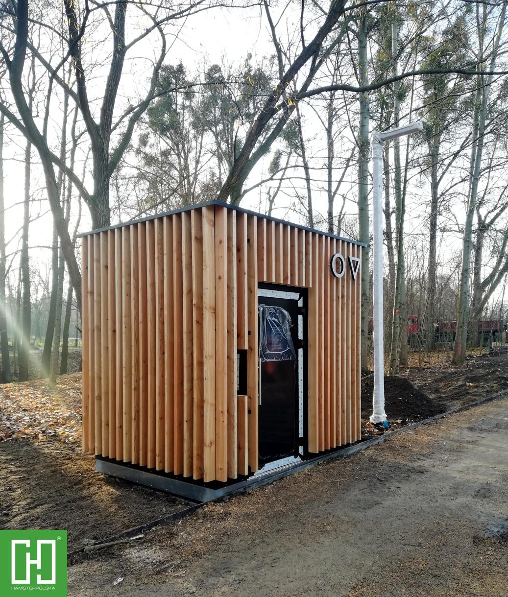 Automatyczna toaleta publiczna Papilio UNO Primo Wood w Lublińcu