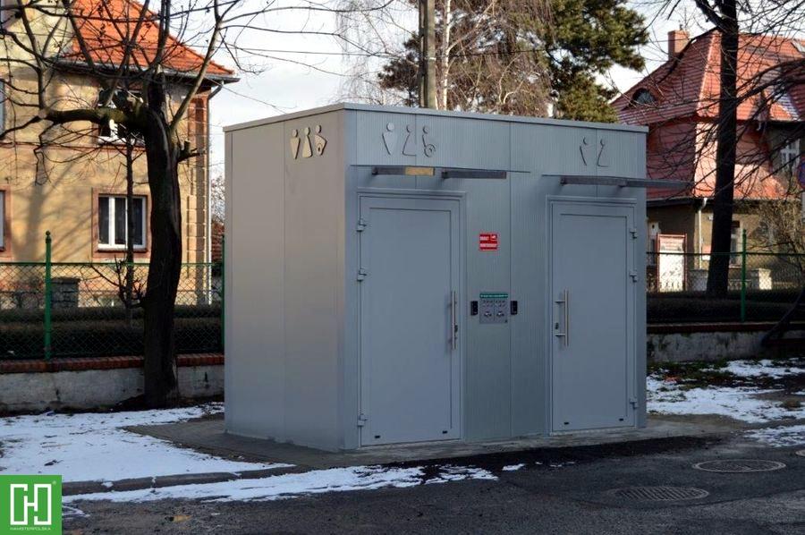 Automatyczna toaleta publiczna Papilio DUO Primo w Świebodzicach